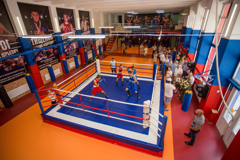 картинки спортзала по боксу была
